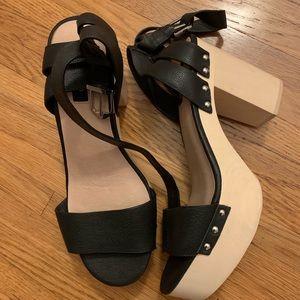 Size 13 women's platform sandal
